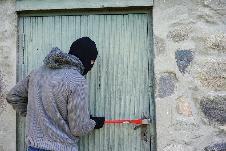 Student burglaries are soaring. Here's how to stay safe: