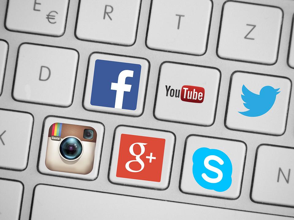 How to land a job using social media