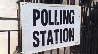 Polling_station_6_may_2010