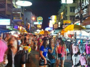 The backpacker and market Mecca of Khao San Rd is something to behold.