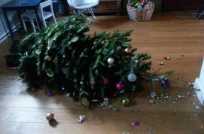 Broken_christmastree