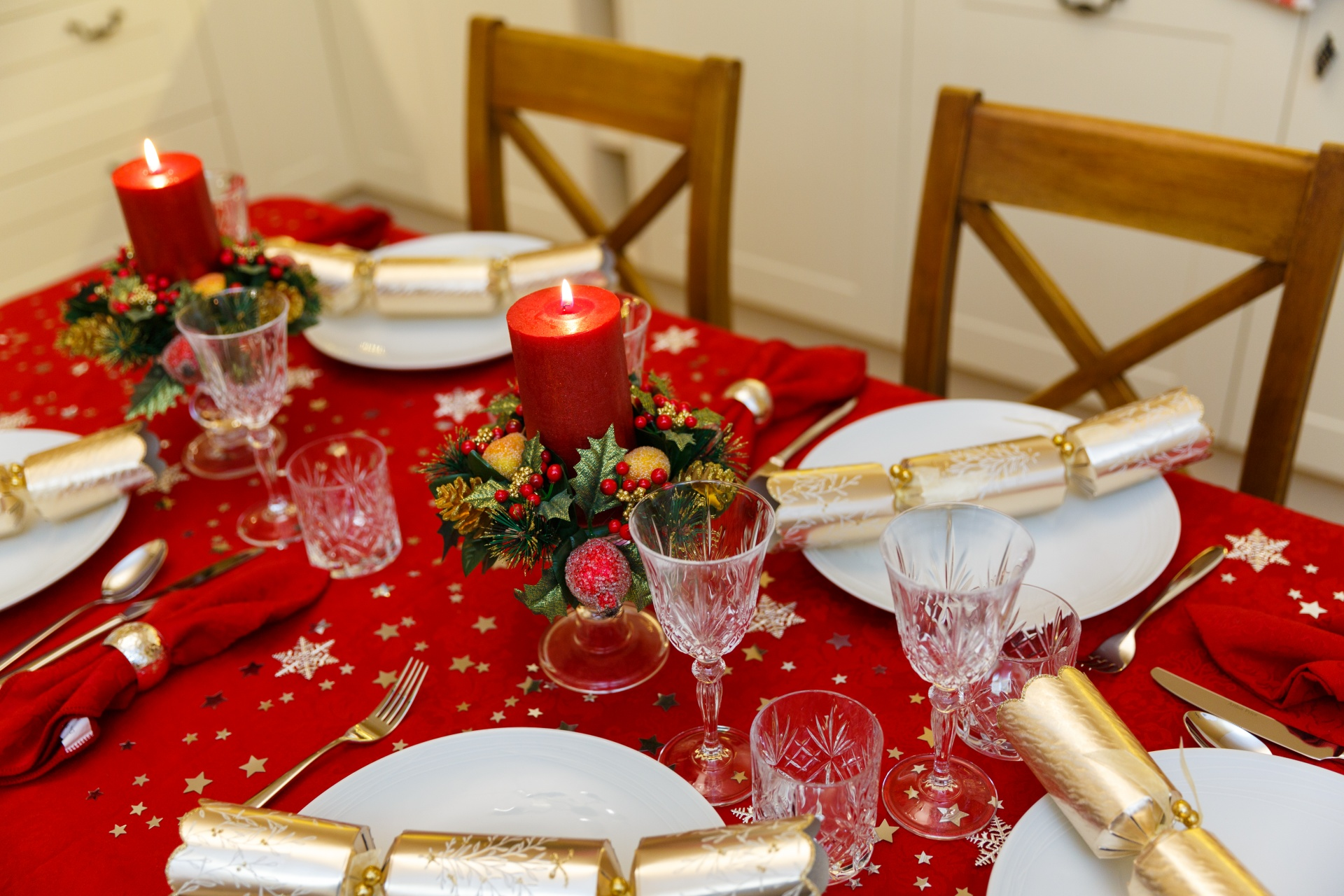 10 things that will happen at every flat Christmas meal