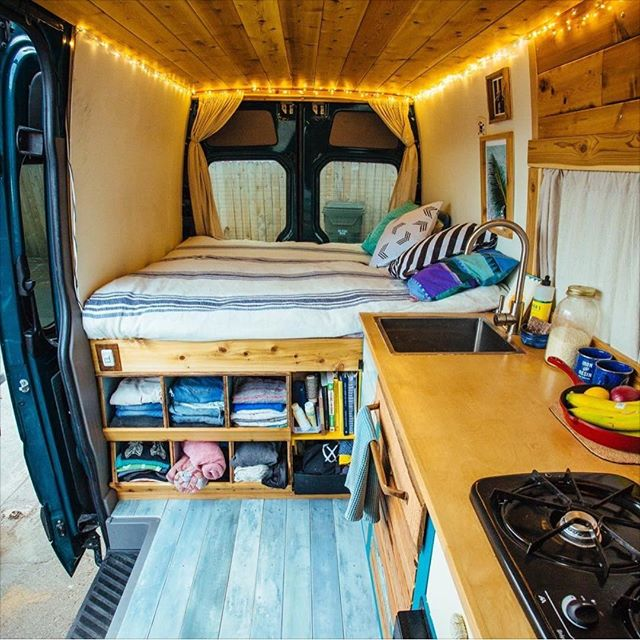 This student saves THOUSANDS on rent by living in a van